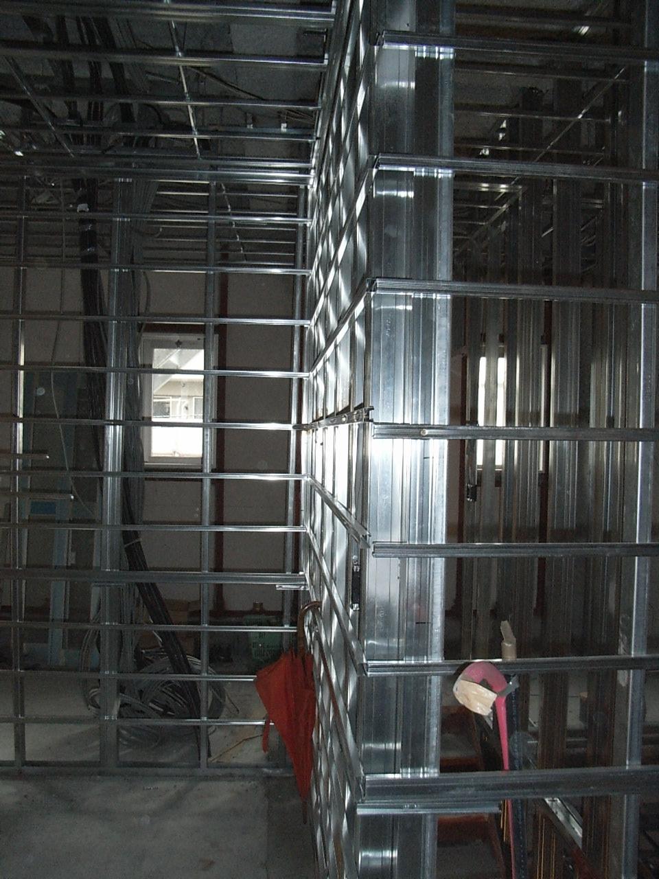 K工場 天井壁施工状況2